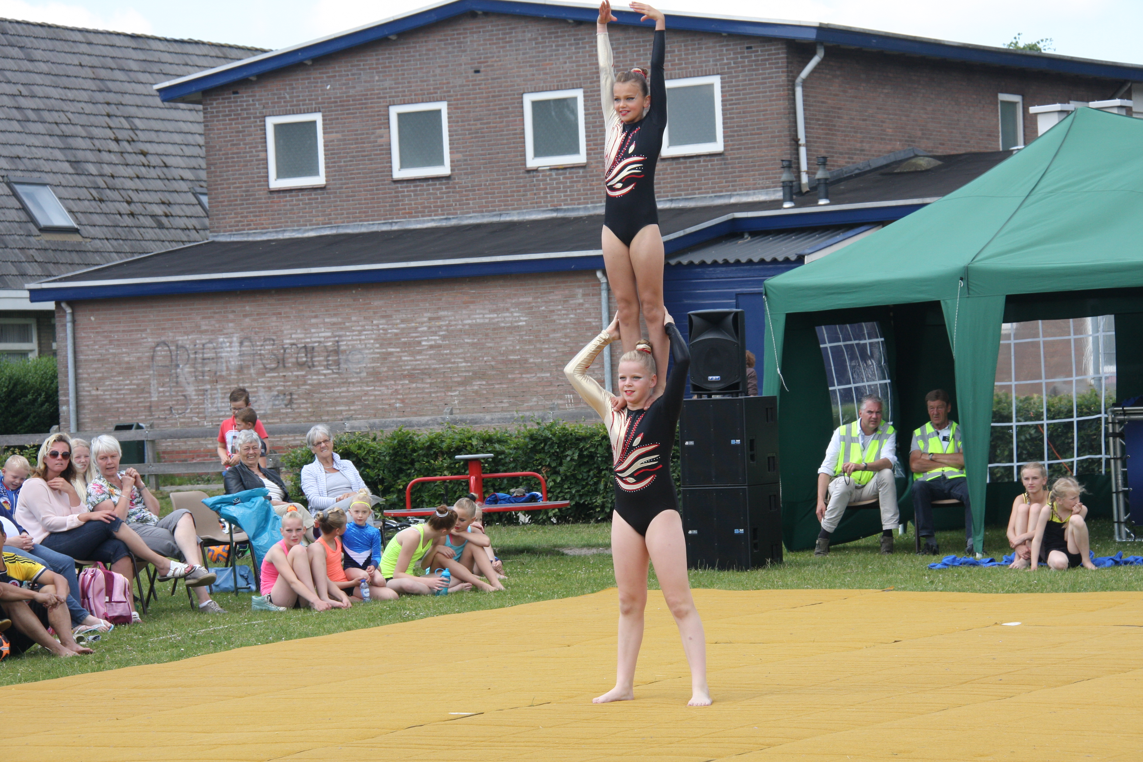 gymnastiekuitvoering-juni-2015-003